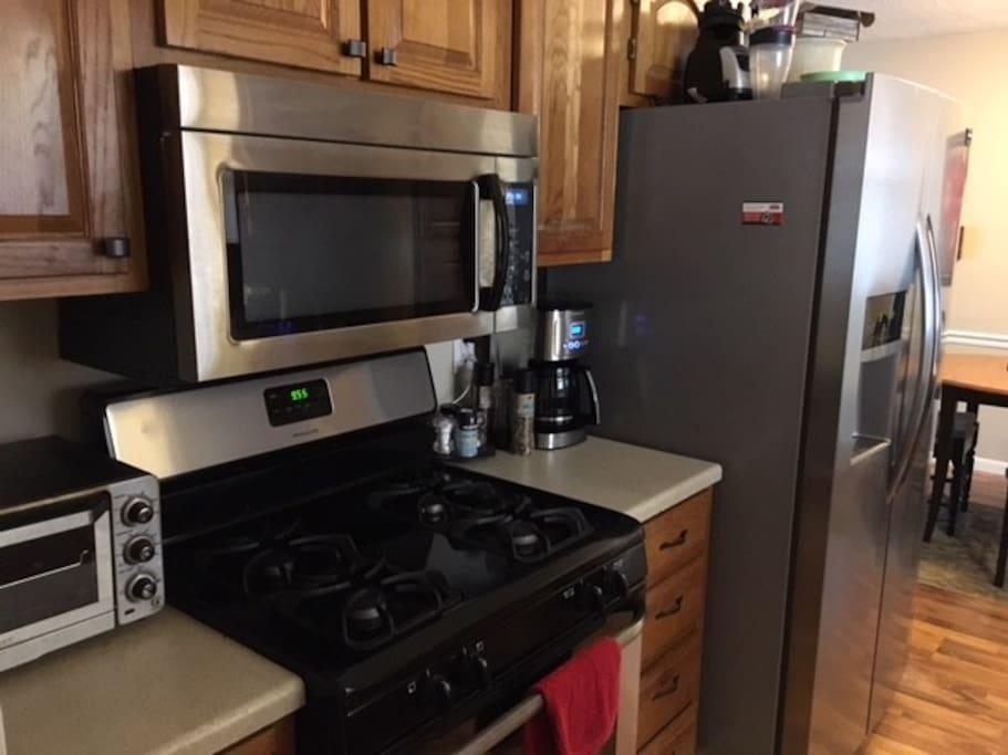 Full-Range Kitchen