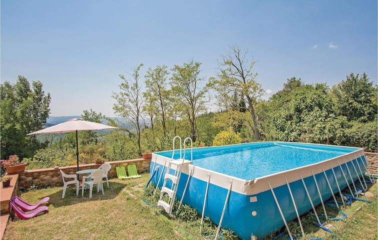 Semi-Detached with 1 bedroom on 120m² in Montespertoli FI