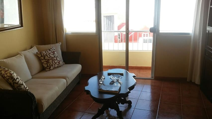 Amplio apartamento en villa rural - Santa Lucía de Tirajana - Apartamento