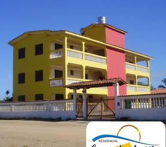 Apto 202. temporada na praia de Nova Viçosa-Bahia