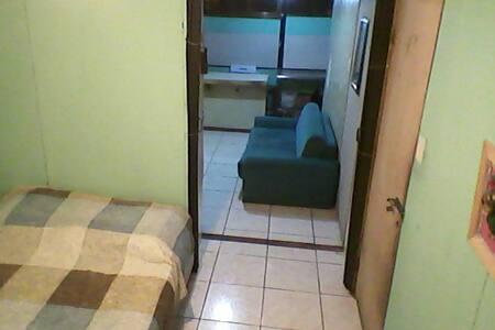 GIL's Place apartamento en San Jose Costa Rica !!!