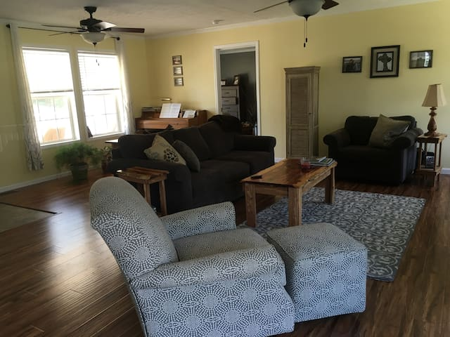 1-2 Bedrooms on Glencarin Road - Rogers, KY (1) - Wolfe County - Ev