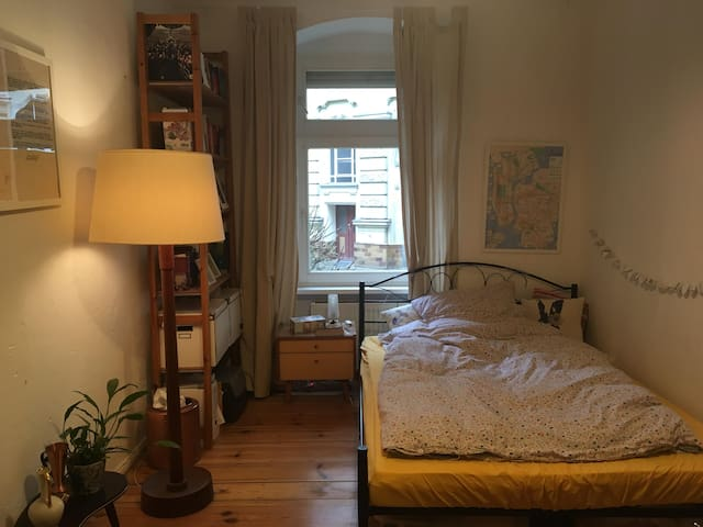 Charming room in Kreuzberg
