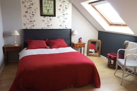 Chambre proche de Dinan - Léhon - Talo