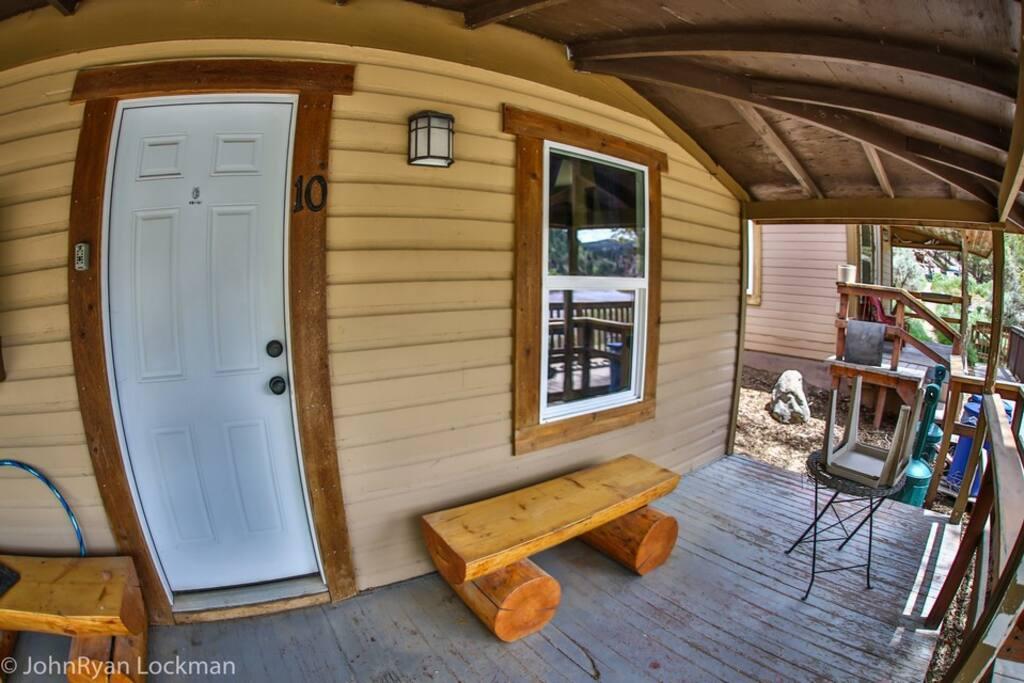 Cabin 10 exterior (fisheye)
