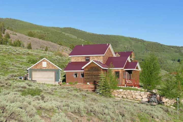 Crested Butte South house with amazing views.