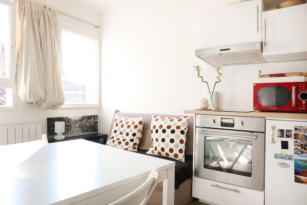 Studio meubl avignon centre appartements louer for Location appartement meuble avignon