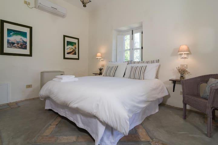 Castello di Serragiumenta Appartamento 4