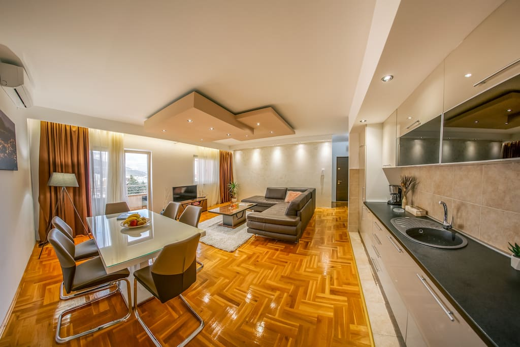 The space is air conditioned and has parquet floor in whole apartment.