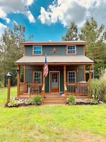 Tennessee Cozy Cabin Retreat -Riceville, TN