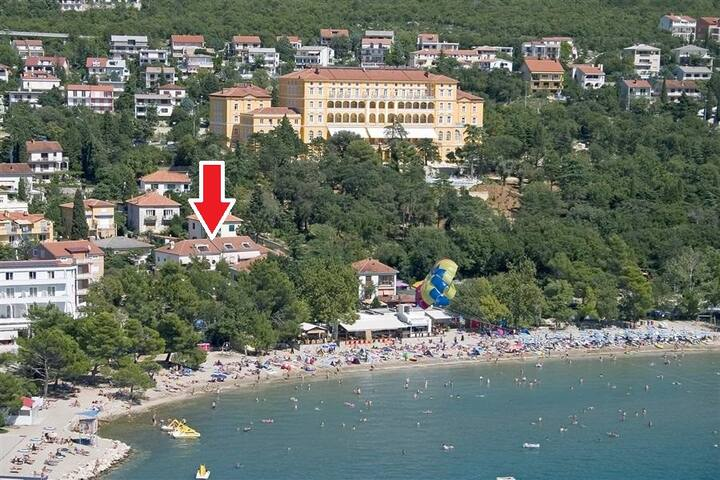 Apartment  30 m from the beach!  DOM1 (2+1)