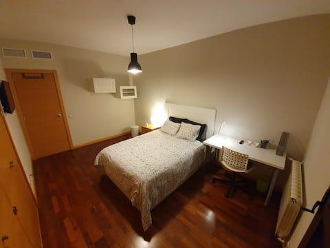 Bienvenid@ a nuestra casa Esta es tu habitación II
