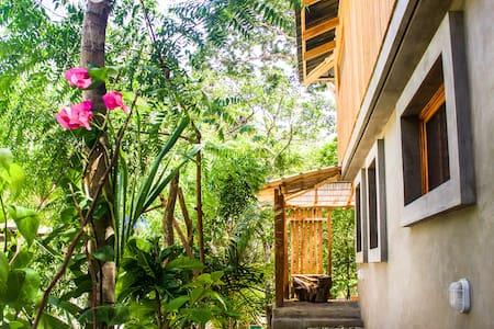 Casa Dunia - Casita Jardin - Playa Maderas - Dom