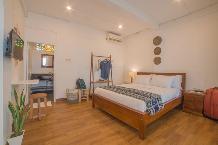 PROMO RATE 20% - VAS CoLiving - Productive Room #6