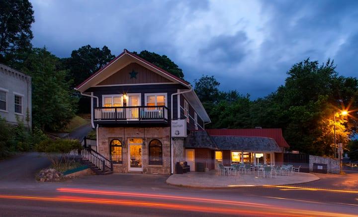 Trout Mountain Inn - Executive Suite