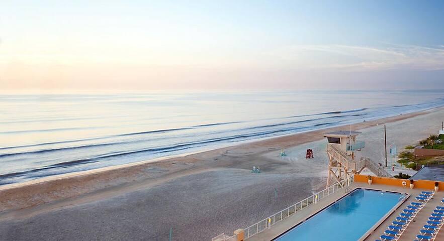 Ormond Beach, Ocean front, 1 Bdrm resort condo
