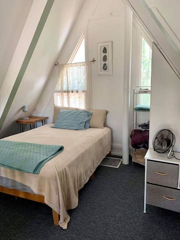 Loft bedroom, also with a closet.  Queen Size Bed