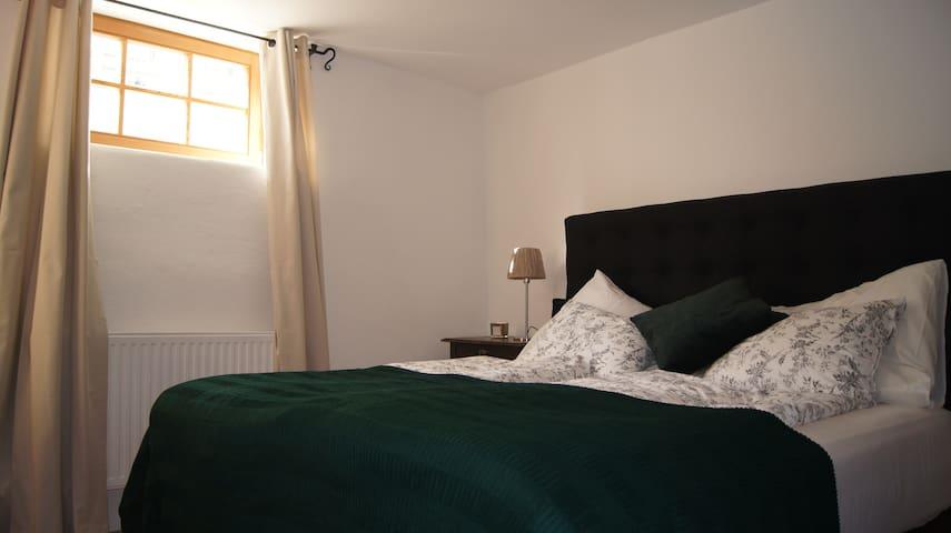 Zwei-Zimmer- Wohnung in Tiroler Schmuckstück