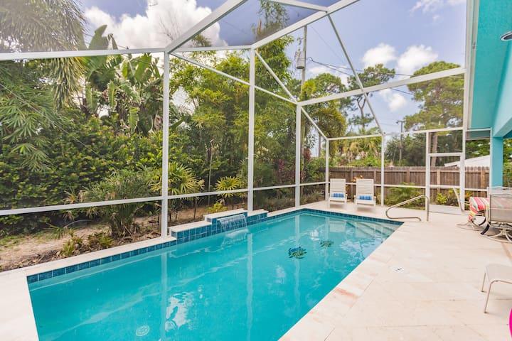 Luxury Naples Villa with Heated Pool Near Beach