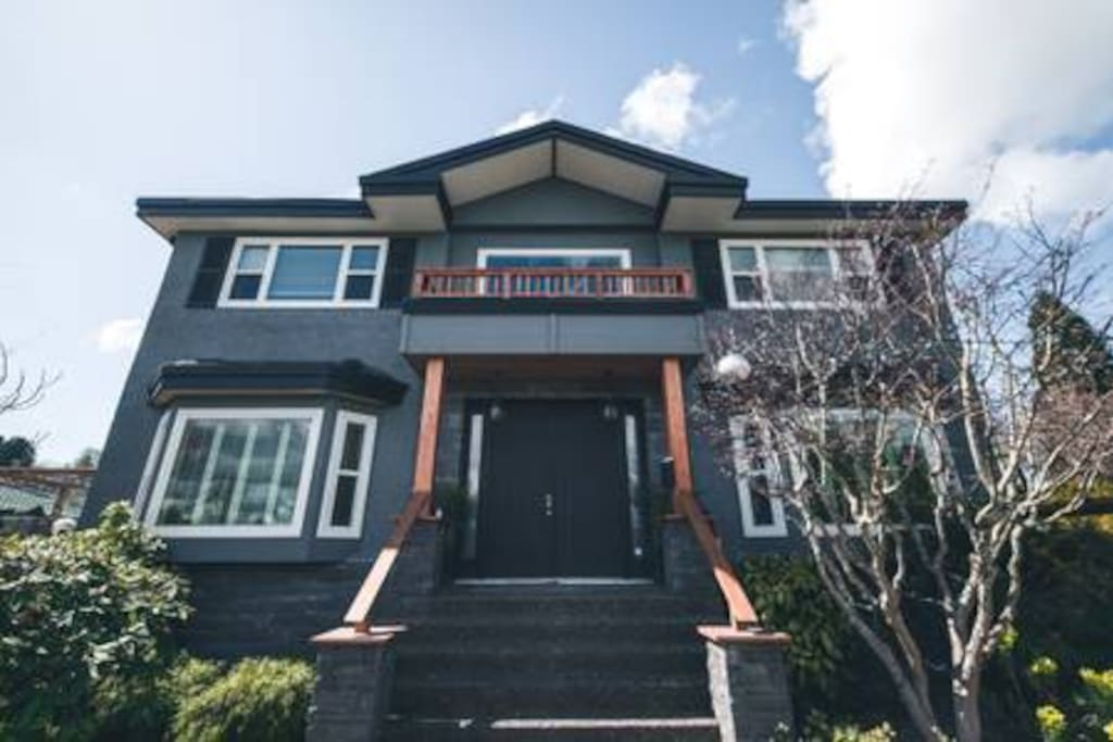 The Zen Estate is a newly renovated mansion in the perfect location of Vancouver.