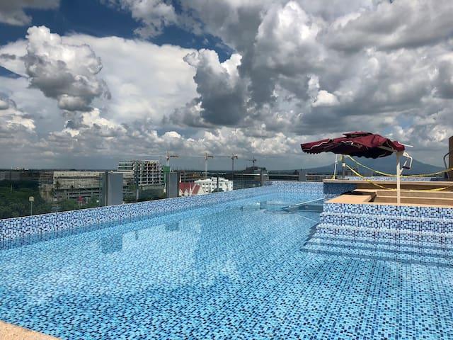 Stunning condo in exclusive La Grande resort