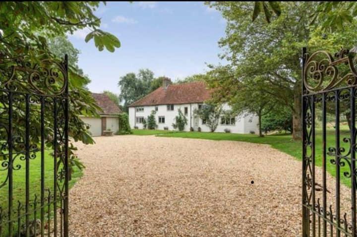 Idyllic English Countryside Retreat