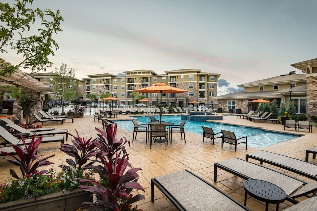 Luxury Apartments Overland Park