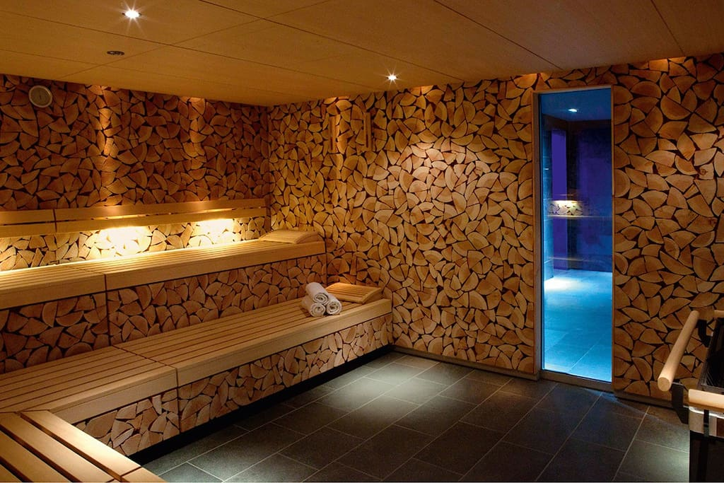 Sauna,  incl. sauna and gym - you will get 2 cards from us for free entry