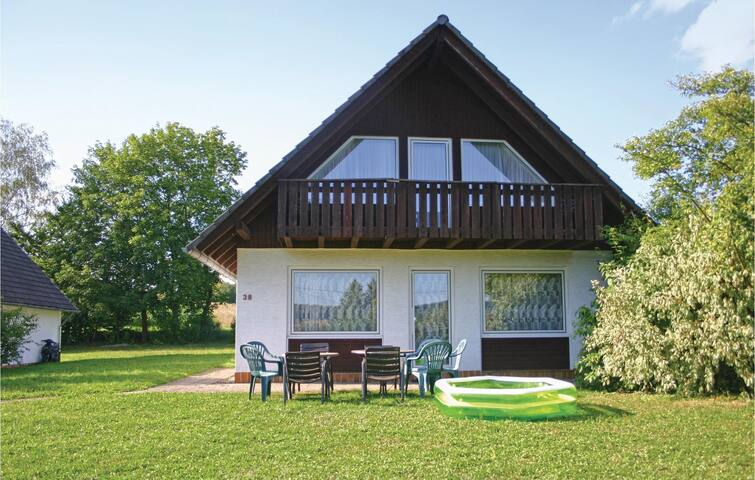 Holiday cottage with 4 bedrooms on 98 m² in Oberaula OT Hausen