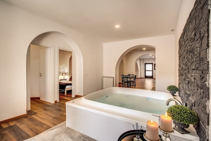 SANITIZED JACUZZI LUXURY LOFT WITH TERRACE