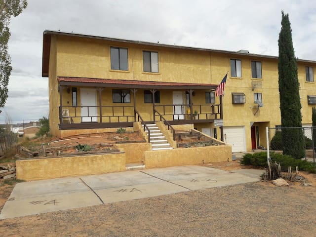 Shared Townhome By Lake Powell (4B) - Big Water
