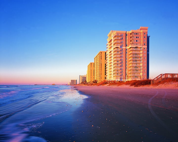 Fall In Love With Myrtle Beach! 2Bed/2Bath Condo!