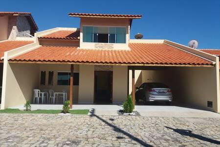 Casa linda mobiliada na praia do Coqueiro