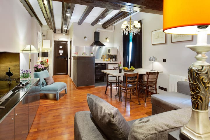 ⭐Casa Florista in the ❤ of Barcelona´s Old Town⭐¦