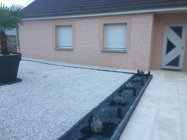Maison à côté de Dole ( Jura)