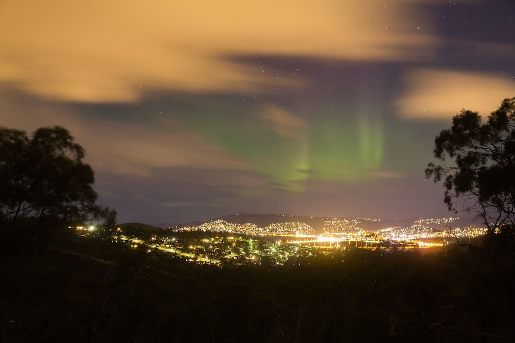 Aurora visible from the Currawong Guesthouse verandah over Hobart!