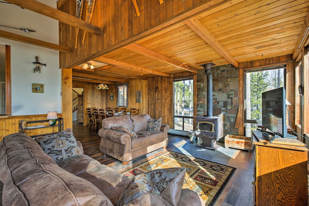 The recently remodeled property boasts 4 bedrooms and sleeping accommodations for 16.