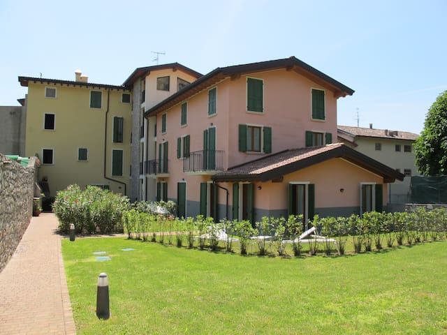Apartment for 4+2 persons with pool R61912