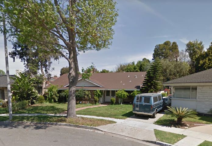 Private room w/ tons of amenities - Inglewood - House