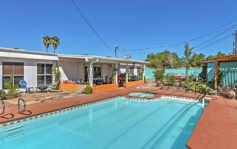 4BR Las Vegas House w/Private Pool - Las Vegas - Ház