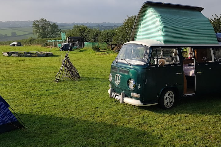 Peggy The Cornish Camper at Sunkissed Meadow