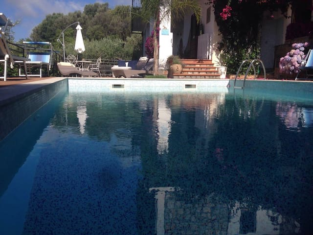 Independent Villa with swimmingpool - CAMEROTA - 別荘