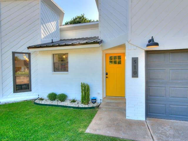 The Yellow Door * West Side Norman Oasis w/ Pool