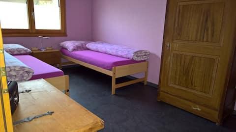 Zimmer in Turtmann in sehr ruhiger Lage