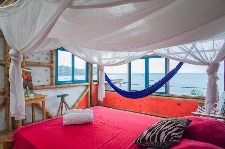SUSPIRO - Private Penthouse Room with Ocean View