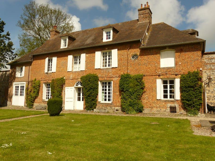 Le prieur vielle maison pleine de charme houses for rent in hautot sur me - Maison de charme normandie ...