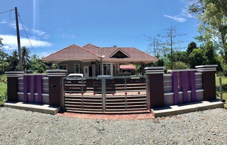 Homestay Murah Lipis ZH Villa