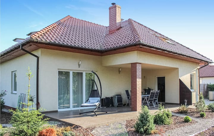 Holiday cottage with 3 bedrooms on 155m² in Kobylanka