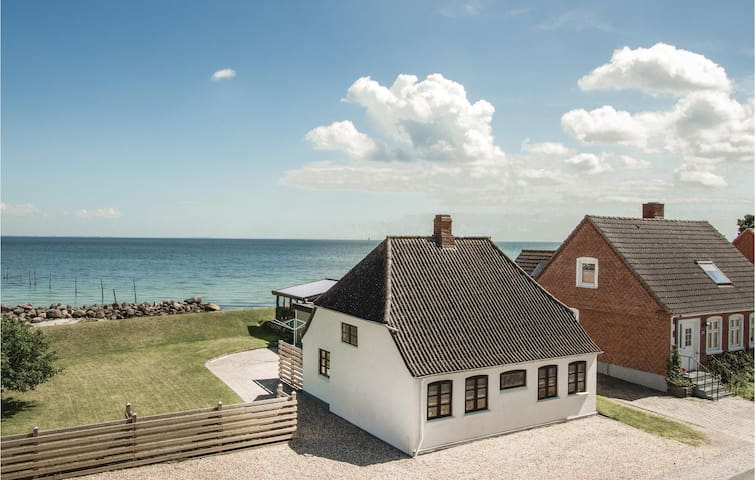 Holiday cottage with 1 bedroom on 60m² in Rudkøbing