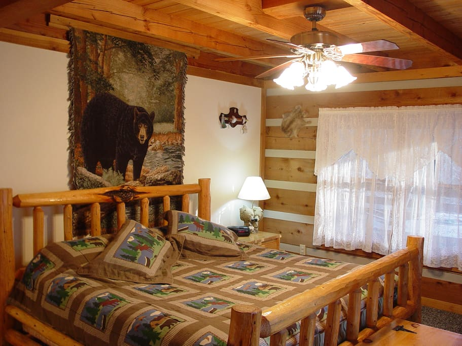 Near Boone Nc Secluded Log Cabin On Creek Hot Tub Cottages For Rent In Purlear North